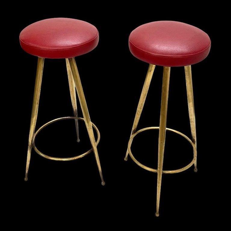 Pair of Midcentury Red Vinyl and Brass Tripod Italian Bar Stools, 1950s For Sale 8