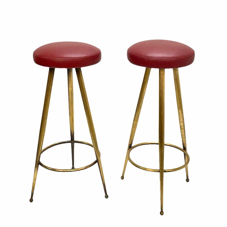 Pair of Midcentury Red Vinyl and Brass Tripod Italian Bar Stools, 1950s For Sale 9