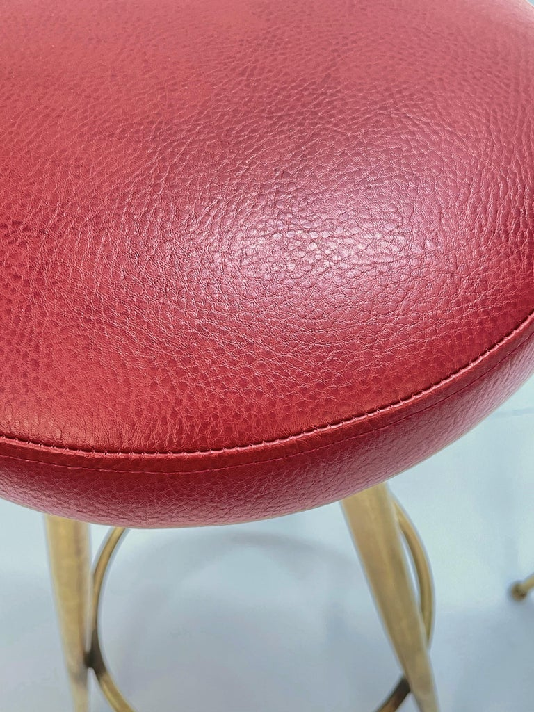 Pair of Midcentury Red Vinyl and Brass Tripod Italian Bar Stools, 1950s For Sale 13