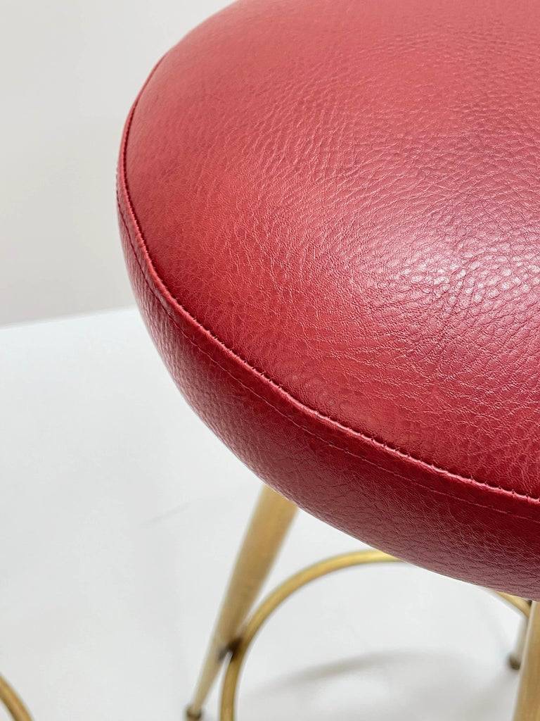 Pair of Midcentury Red Vinyl and Brass Tripod Italian Bar Stools, 1950s For Sale 14
