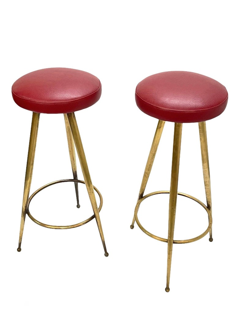 Pair of Midcentury Red Vinyl and Brass Tripod Italian Bar Stools, 1950s For Sale 1