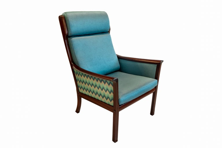 Mid-Century Modern Pair of Midcentury Rosewood Highback Easy Chairs by Ole Wanscher for P.Jeppesen For Sale