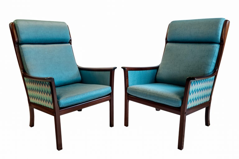 Mid-20th Century Pair of Midcentury Rosewood Highback Easy Chairs by Ole Wanscher for P.Jeppesen For Sale