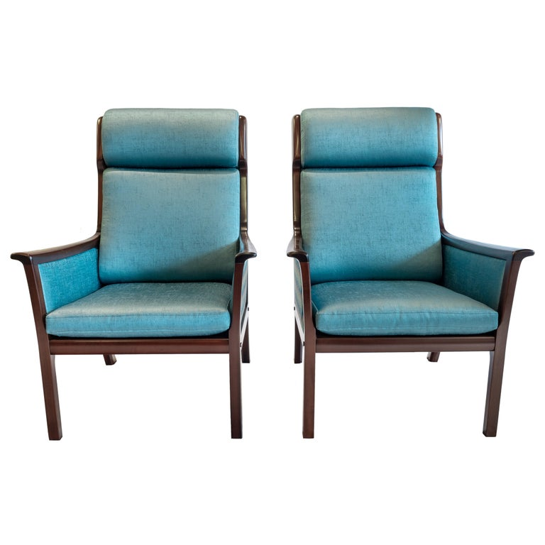 Pair of Midcentury Rosewood Highback Easy Chairs by Ole Wanscher for P.Jeppesen For Sale