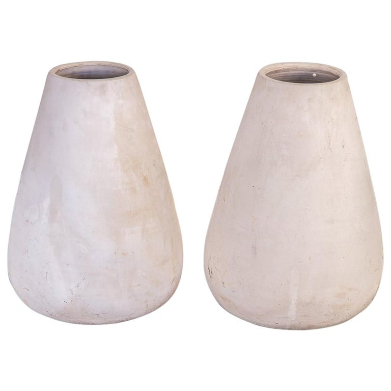 Pair of Midcentury Teardrop Planters For Sale