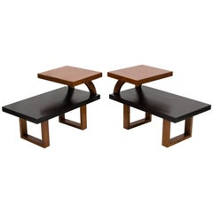 Pair of Midcentury Two-Tier Oak Two-Tone End Tables in Paul Laszlo Style