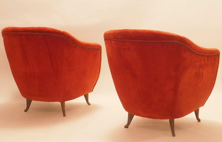 Pair of Midcentury Velvet Italian Armchairs with Typical ISA Feet, Italy, 1950s In Fair Condition For Sale In Milano, IT