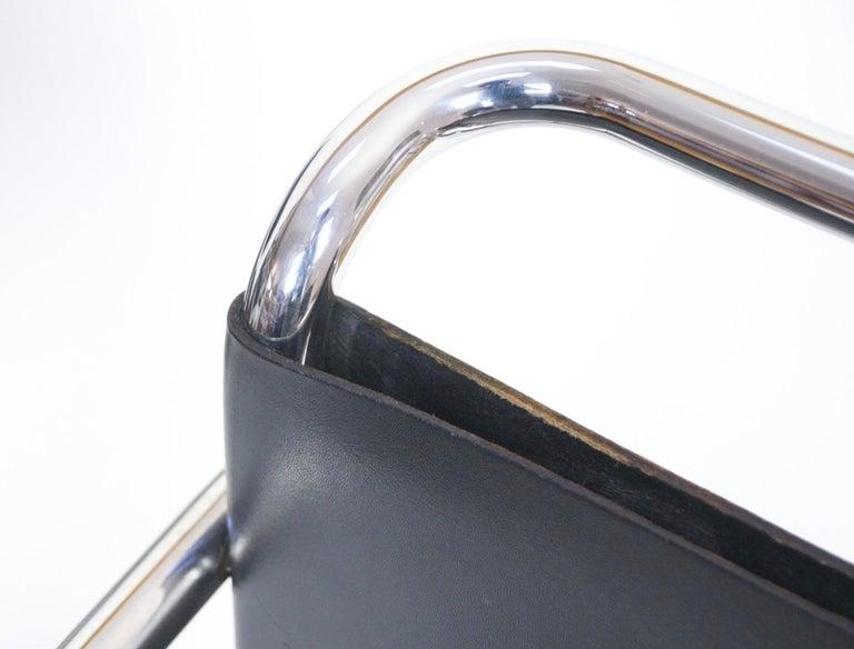 Paar Mies Van Der Rohe MR Loungesessel aus Schwarzem Leder und Chrom 4