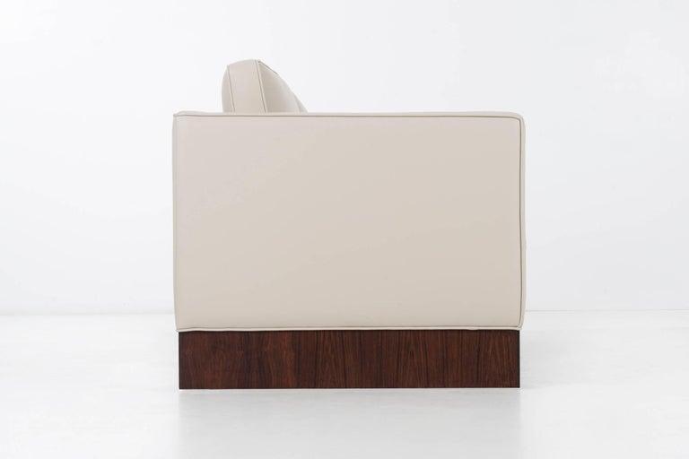 Mid-Century Modern Pair of Mies Van der Rohe Settees For Sale