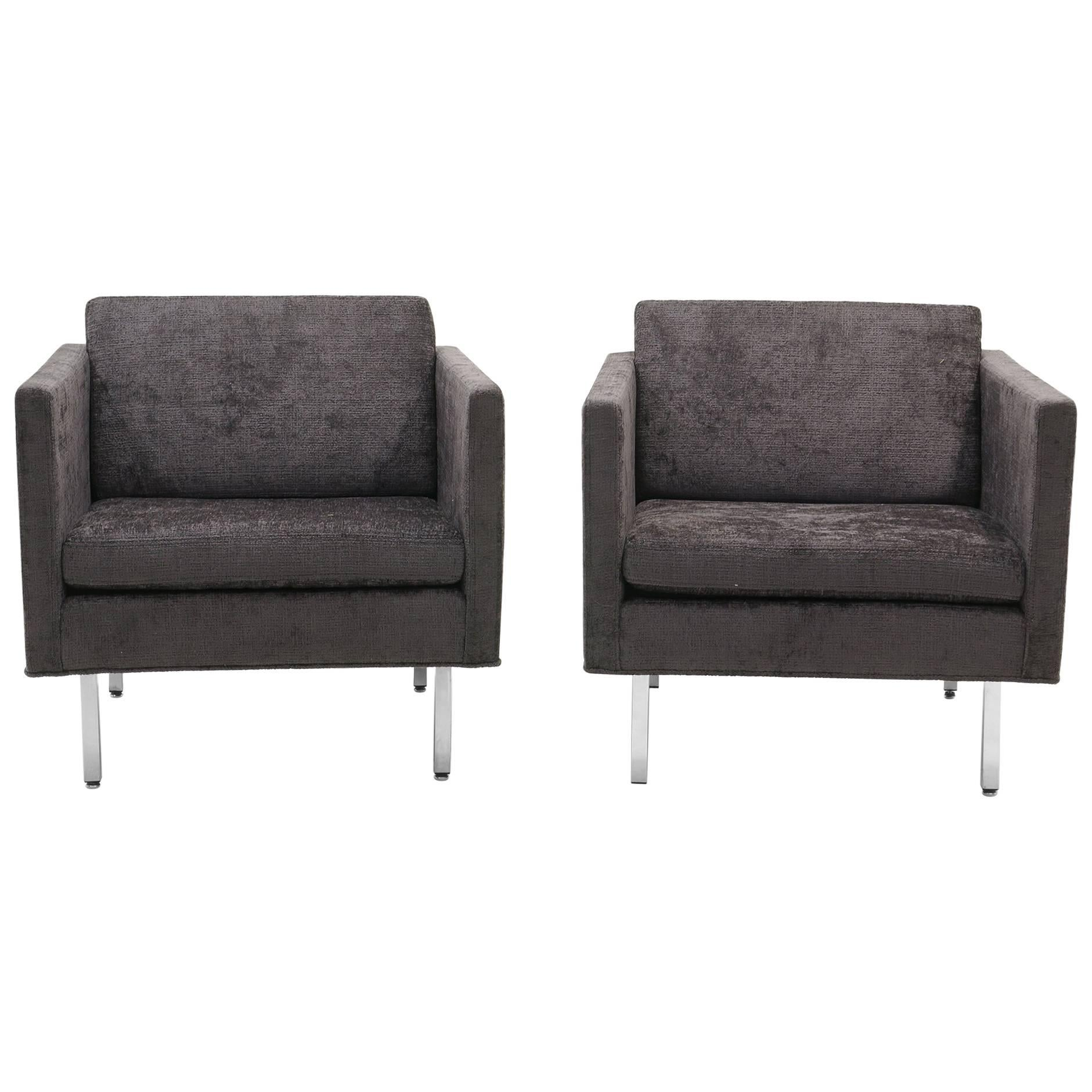 Pair Of Milo Baughman Club Chairs, Robert Allen Chenille And Chrome Legs  For Sale