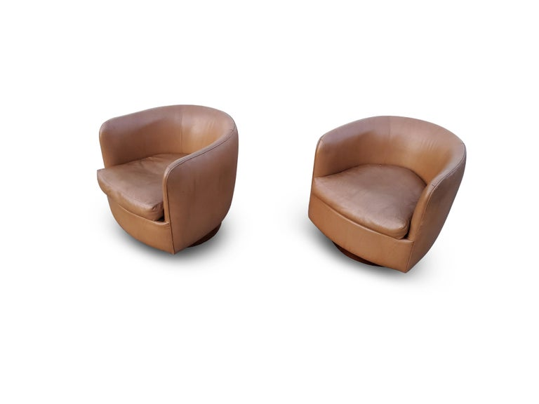 Upholstery Pair of Milo Baughman for Thayer Coggin Tilt / Swivel Lounge Chairs For Sale