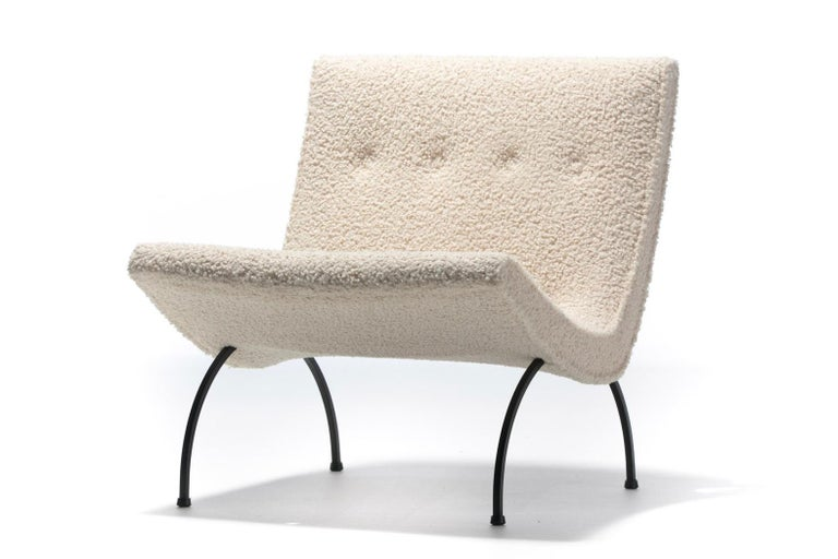 American Pair of Milo Baughman Scoop Chairs in Ivory Bouclé with Iron Legs c. 1950s For Sale