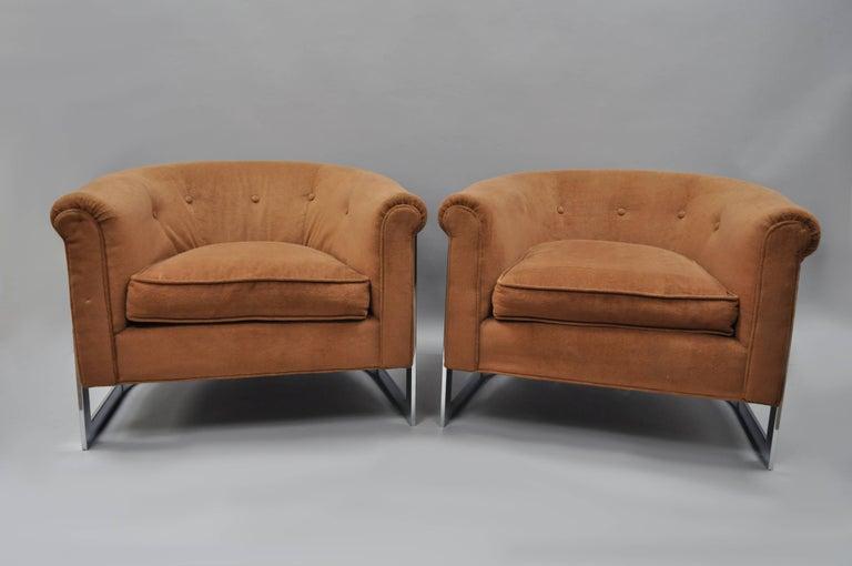 Strange Pair Of Milo Baughman Style Chrome Barrel Back Lounge Club Chairs Dailytribune Chair Design For Home Dailytribuneorg