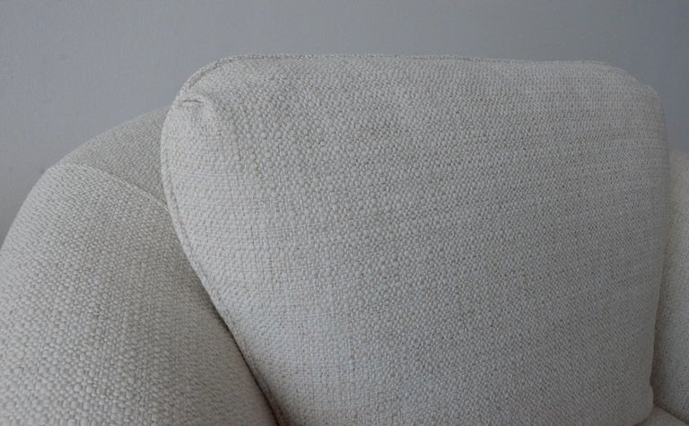 Pair of Milo Baughman Style New White Upholstery Swivel Chairs with Back Cushion For Sale 4