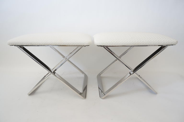 Mid-Century Modern Pair of Milo Baughman Style Polished Steel Stools For Sale