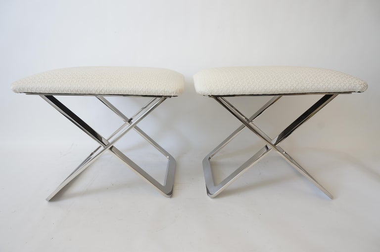 Pair of Milo Baughman Style Polished Steel Stools In Good Condition For Sale In West Palm Beach, FL