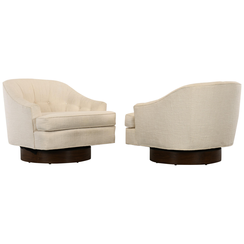 Pair of Milo Baughman Style Swivel Chairs, 1970s