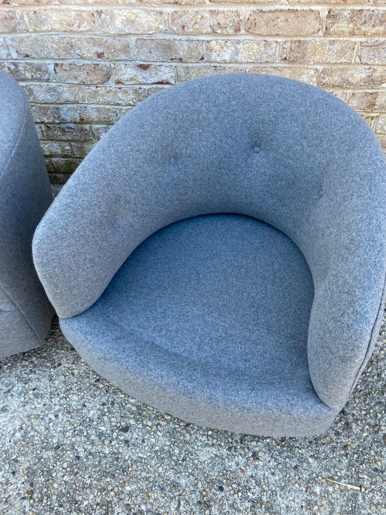 Wool Pair of Milo Baughman Swivel Chairs For Sale