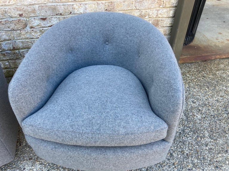 Pair of Milo Baughman Swivel Chairs For Sale 1