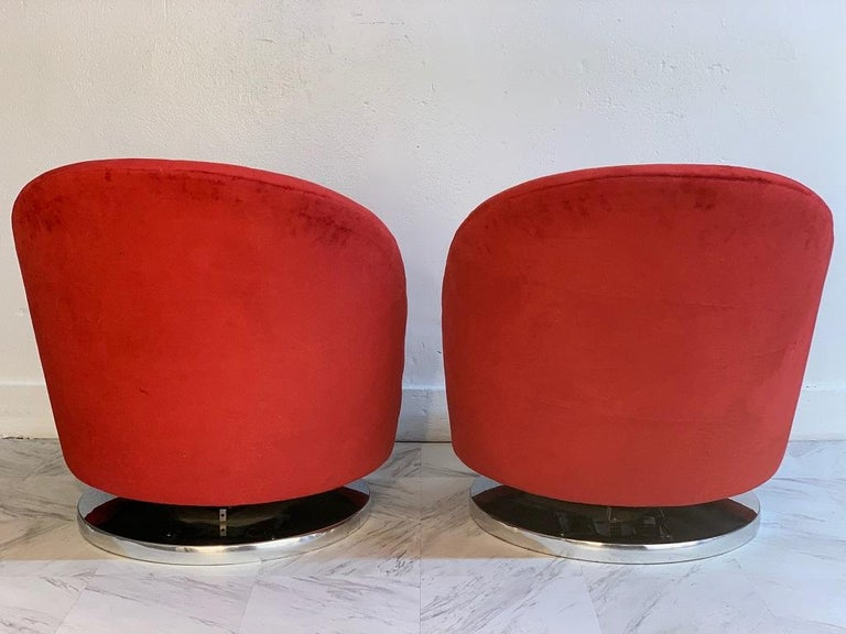 Mid-Century Modern Pair of Milo Baughman Swivel Lounge Chairs for Thayer Coggin For Sale