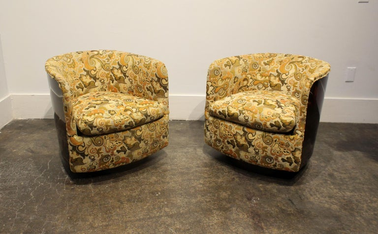 Pair Of Milo Baughman Swivel Tub Chairs With Brown Laminate And