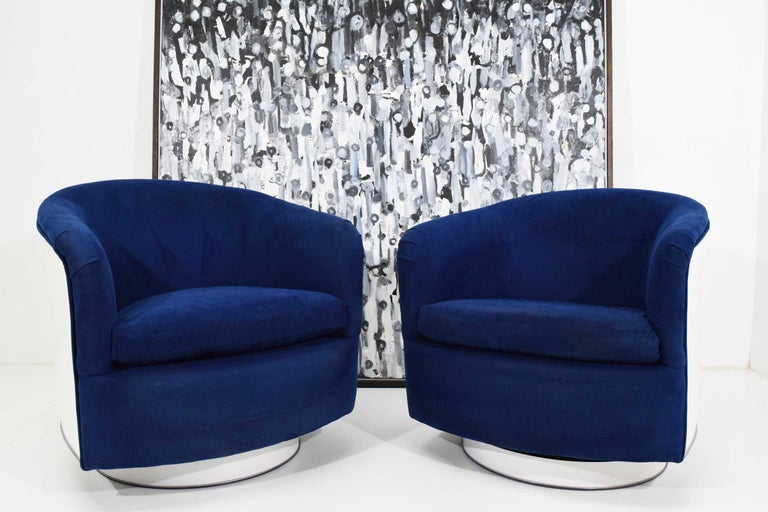 Upholstery Pair of Milo Baughman Tilt/Swivel Lounge Chairs in Blue with White Lacquer For Sale