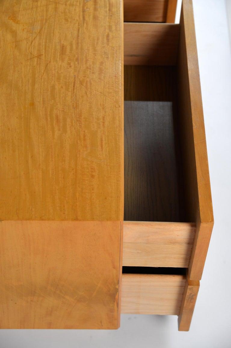 Pair of Minimalist Burl Wood Nightstands by Lane For Sale 1