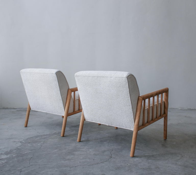 Pair of Minimalist Midcentury Lounge Chairs by Conant Ball For Sale 1
