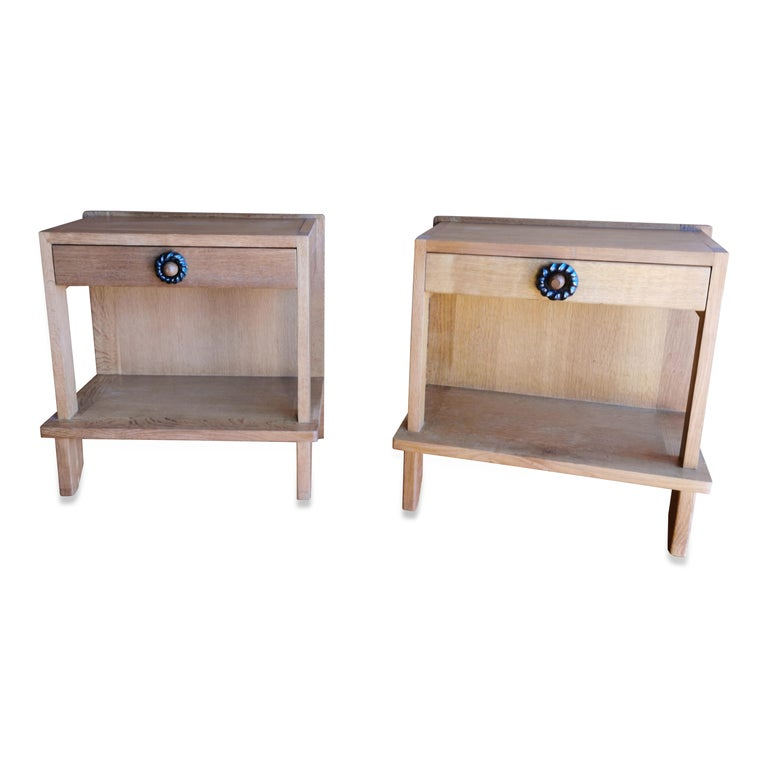 Late 20th Century Pair of Minimalist Nightstands by Guillerme & Chambron, France, 1970s For Sale