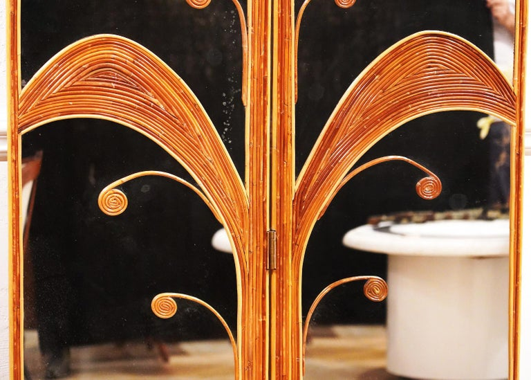 20th Century Pair of Mirrored Bamboo Rattan Palm Tree Folding Screens Style of Vivai del Sud For Sale