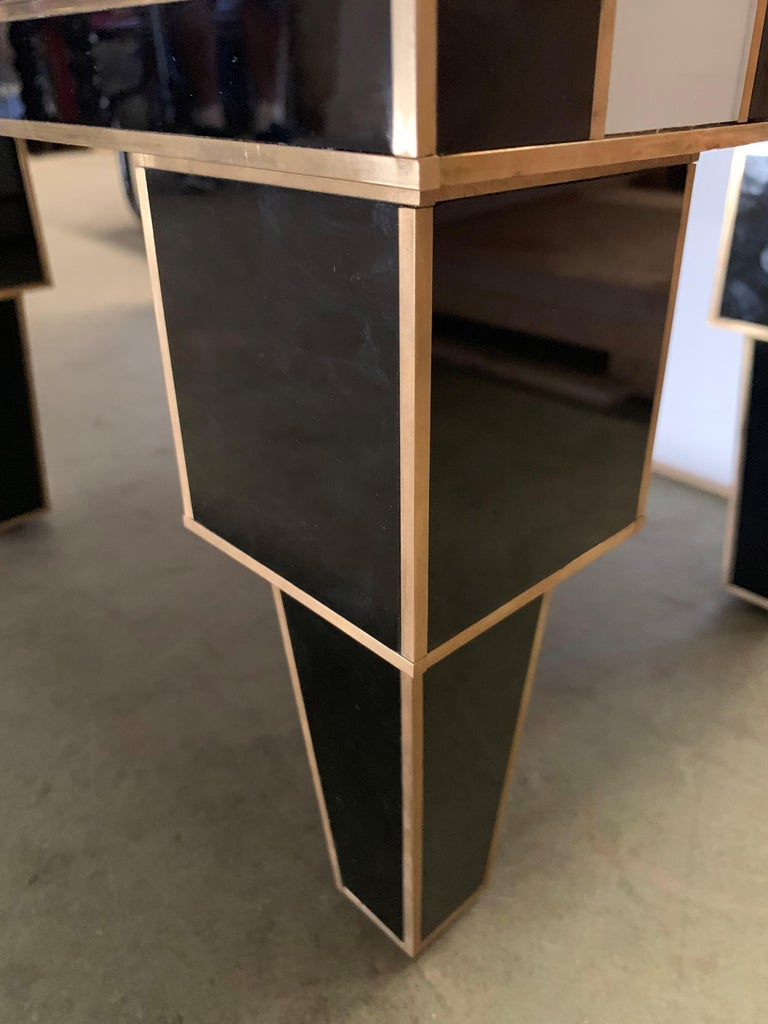 Pair of Mirrored and Brass Nightstands with One-Drawer in Black and White For Sale 13