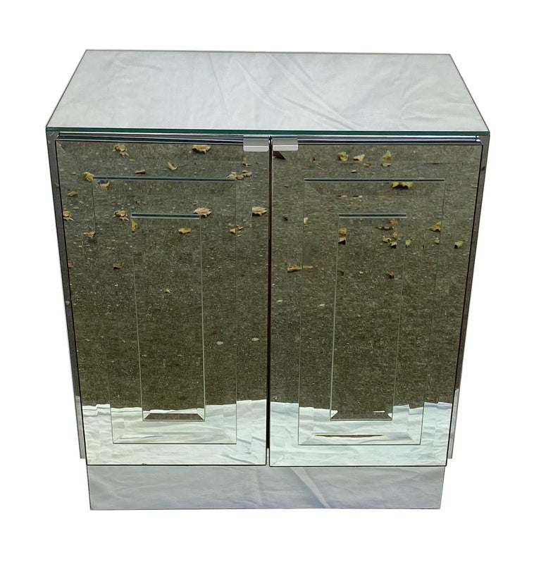 Pair of Mirrored Cabinets or Nightstands by Ello Furniture In Good Condition For Sale In San Leandro, CA