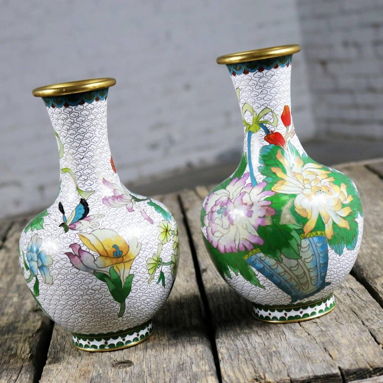 Chinese Export Pair of Mirrored Design White Cloisonné Vases Multicolored Floral and Butterfly For Sale