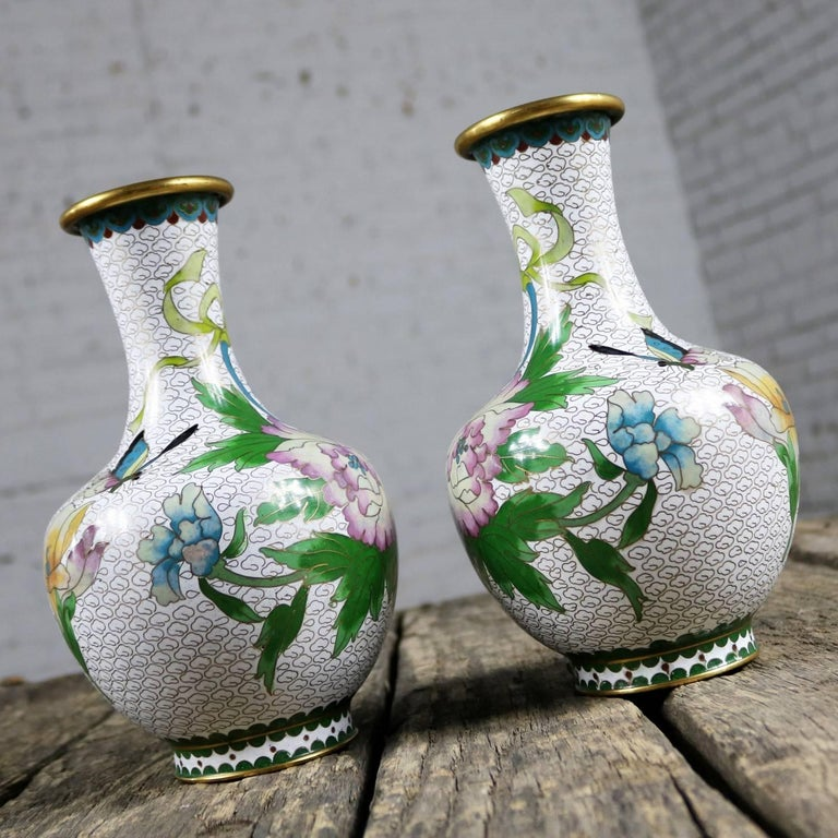 Chinese Pair of Mirrored Design White Cloisonné Vases Multicolored Floral and Butterfly For Sale