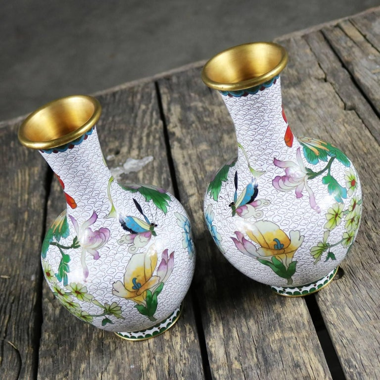Metal Pair of Mirrored Design White Cloisonné Vases Multicolored Floral and Butterfly For Sale