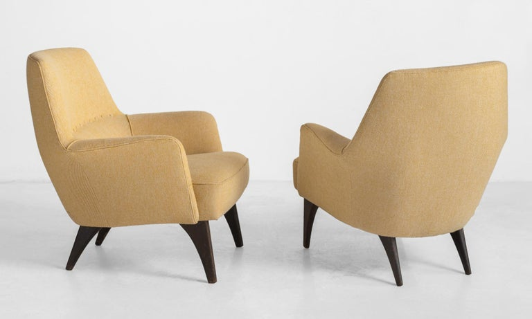 Mid-Century Modern Pair of Mod Armchairs by Bergamo Isa, Italy, circa 1950 For Sale