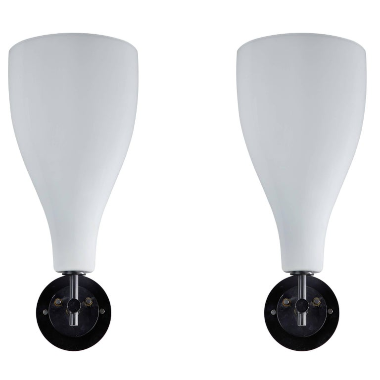 Pair of Model 4049 Sconces Attributed to Massimo Vignelli for Venini