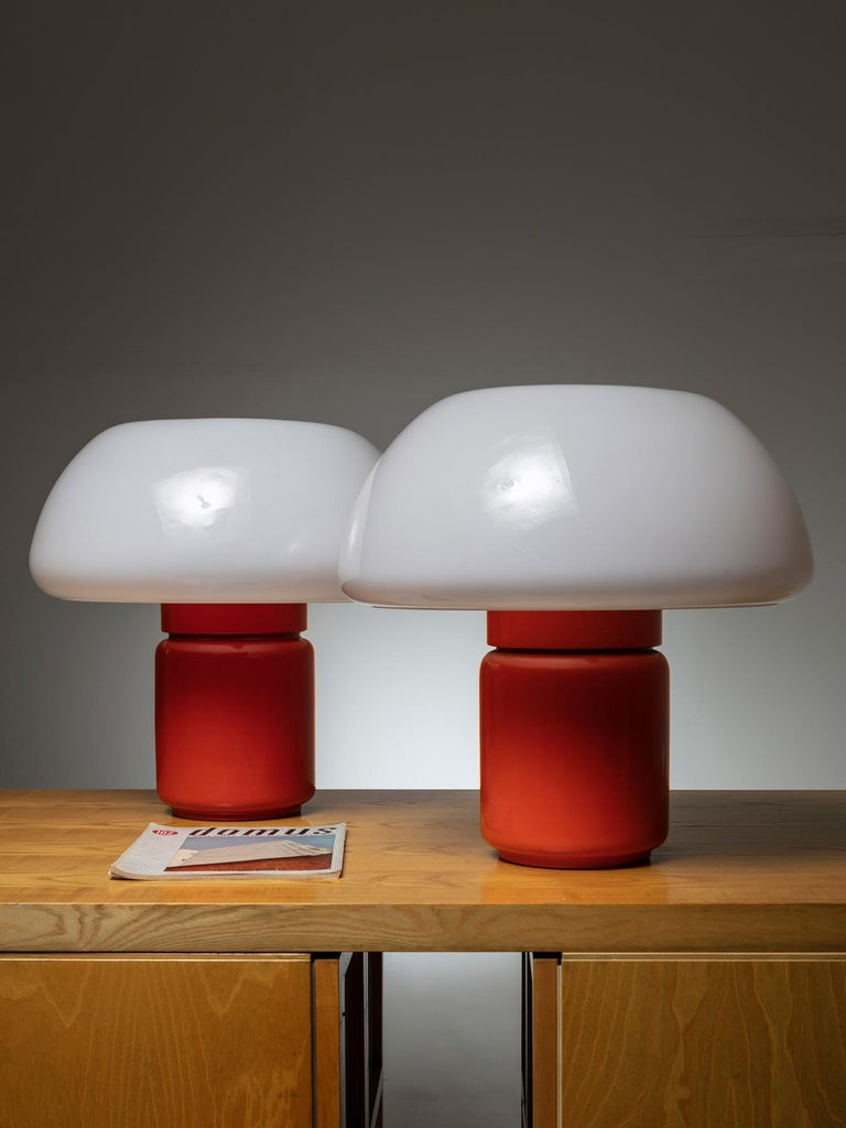 Mid-20th Century Pair of Model 625 Desk Lamps by Elio Martinelli for Martinelli Luce For Sale