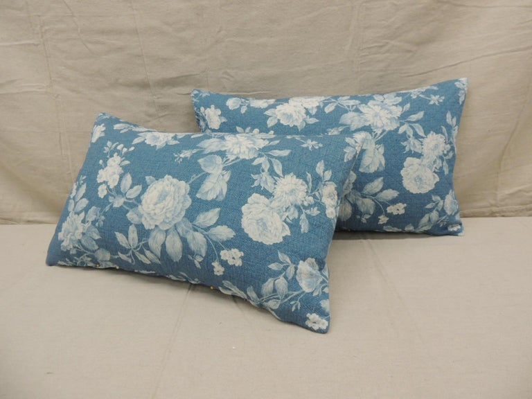 Country Pair of Modern Blue and White Quilted Cotton Floral Decorative Lumbar Pillows For Sale