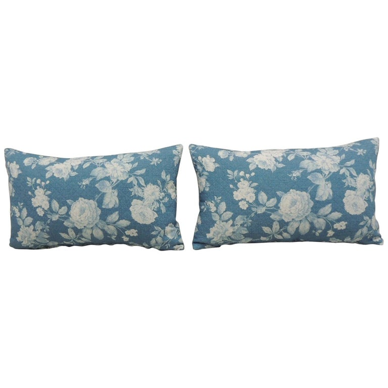 Pair of Modern Blue and White Quilted Cotton Floral Decorative Lumbar Pillows For Sale