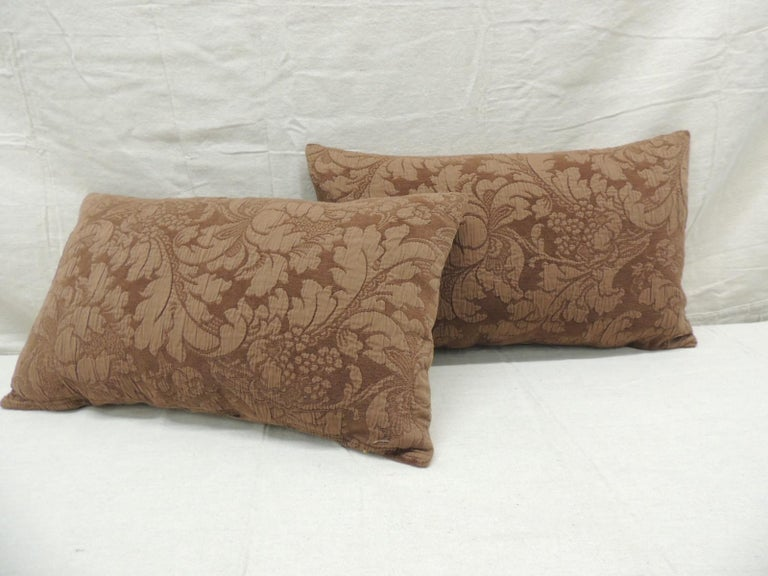 Hand-Crafted Pair of Modern Brown Tone-on-Tone Matelassé Lumbar Decorative Pillows For Sale