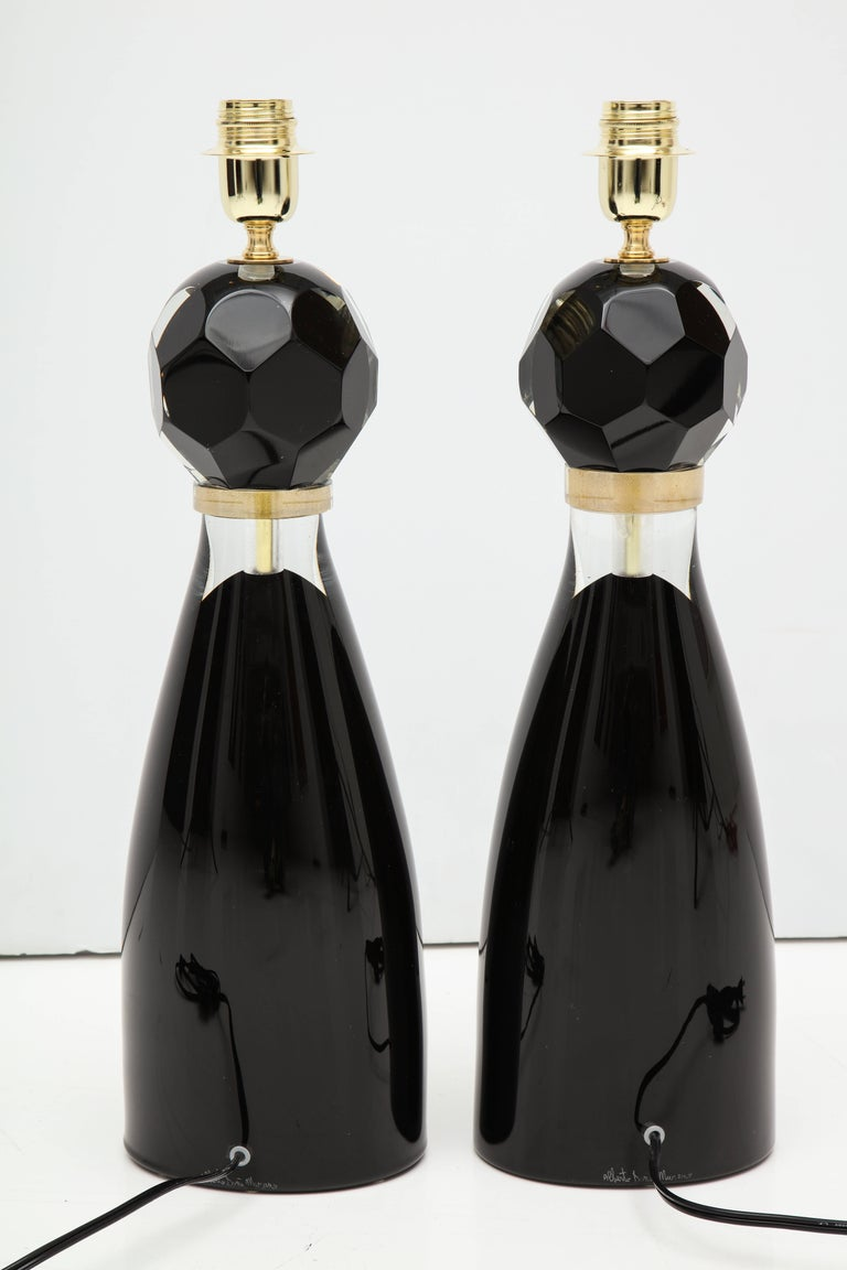 Pair of Modern Italian Black and Gold Murano Glass Lamps, Signed For Sale 2