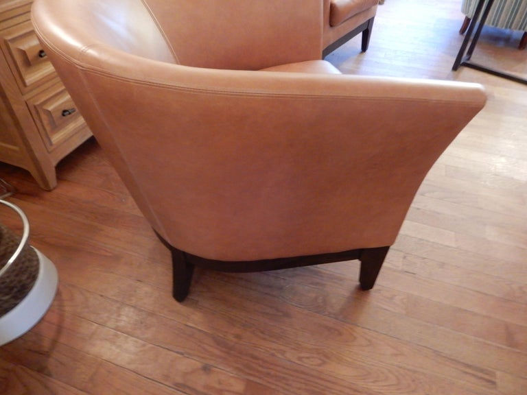 Hand-Crafted Pair of  Modern Italian Leather Club or Armchairs For Sale