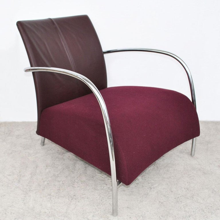 Pair of Modern Italian Style Tubular Chrome Lounge Chairs In Good Condition For Sale In Pasadena, TX