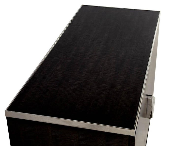 Pair of Modern Lacquered Sycamore Chests For Sale 2