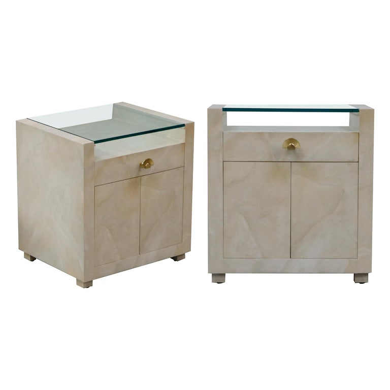 Pair of Modern Nightstands or End Tables with Brass Fan Handles, 1980s For Sale