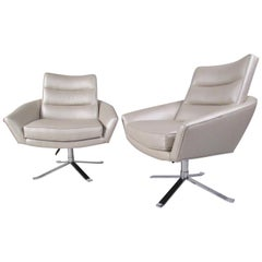 Pair of Modern Swivel Lounge Chairs