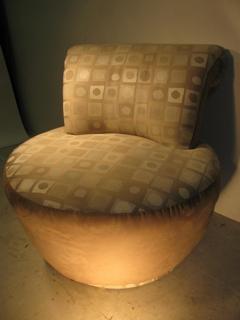 Pair of Mid-Century Modern Swivel Chairs by Weiman For Sale 2