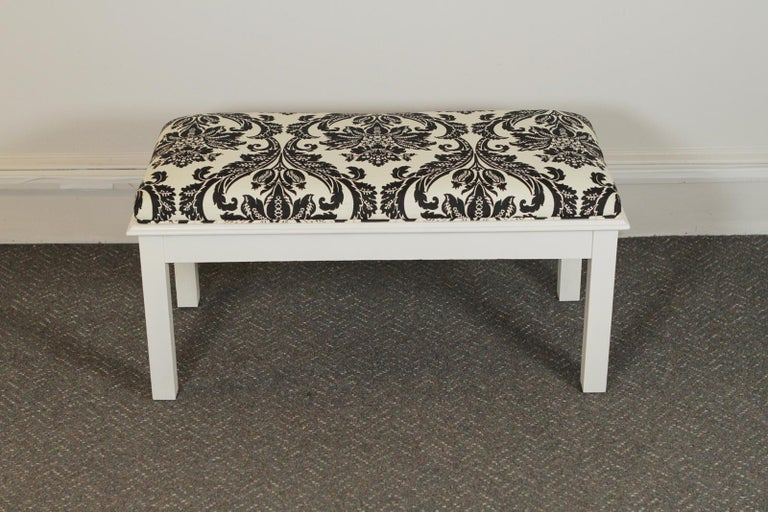 Pair of Modern White Painted Wood Upholstered Benches In Excellent Condition For Sale In Lambertville, NJ