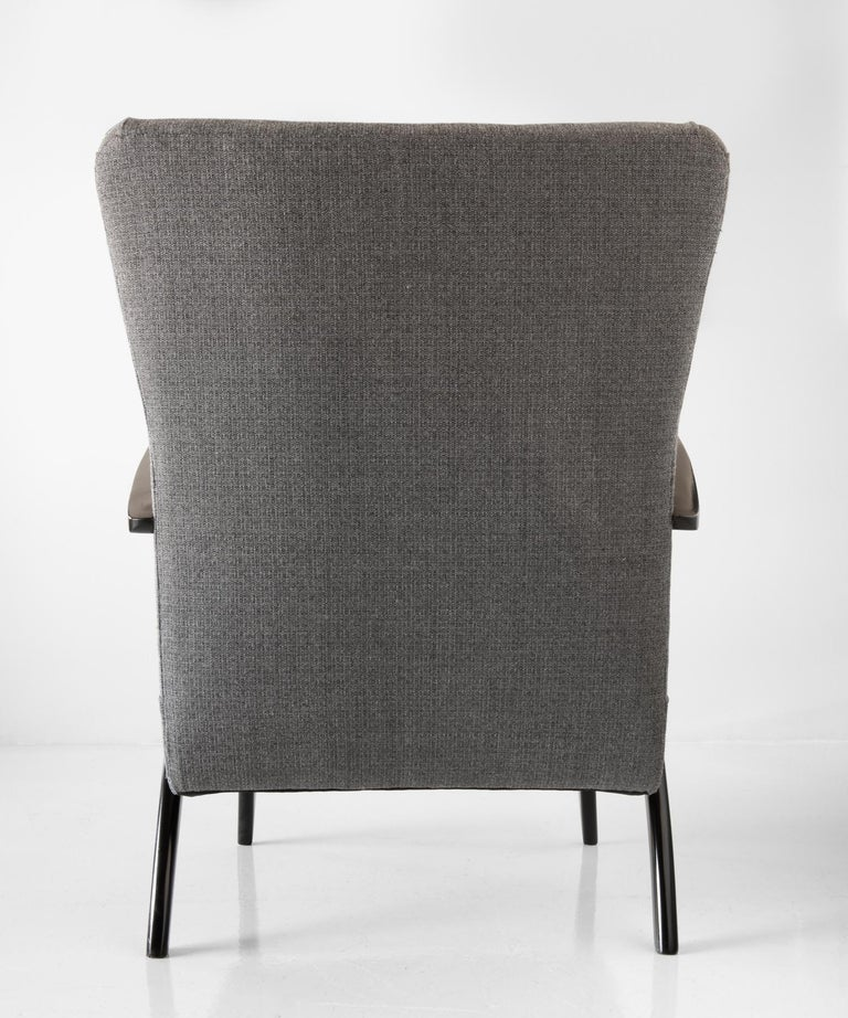 Pair of Modern Wool Armchairs, Italy, circa 1960 In Excellent Condition For Sale In Culver City, CA